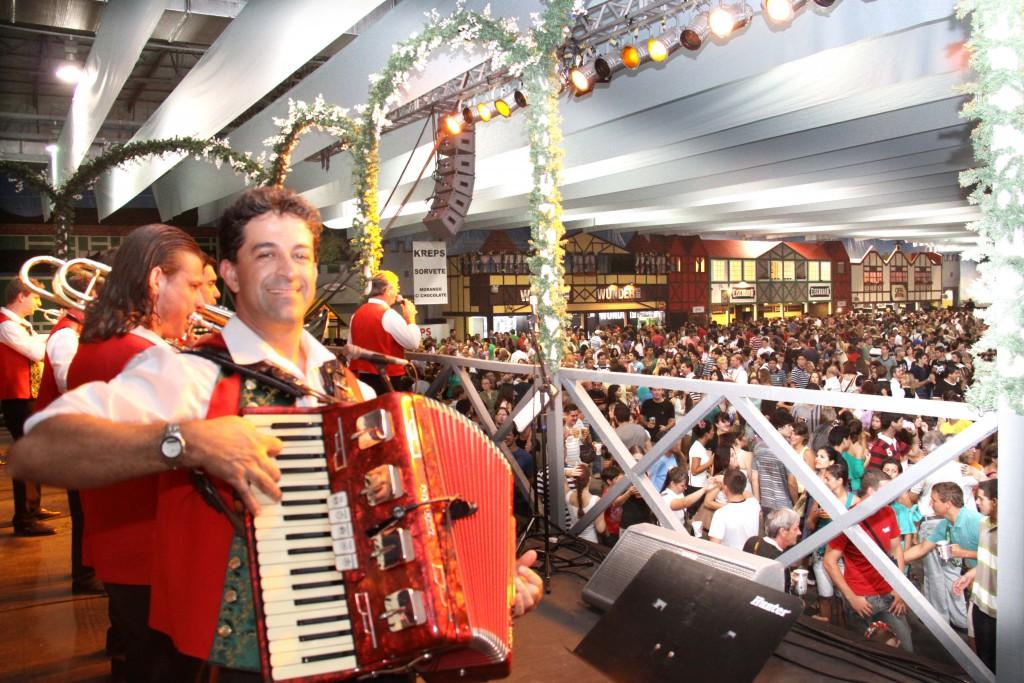 Sommerfest 2 Fotos Marcelo Martins 111